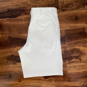 Nike Golf *Fit Dry* flat front casual golf shorts
